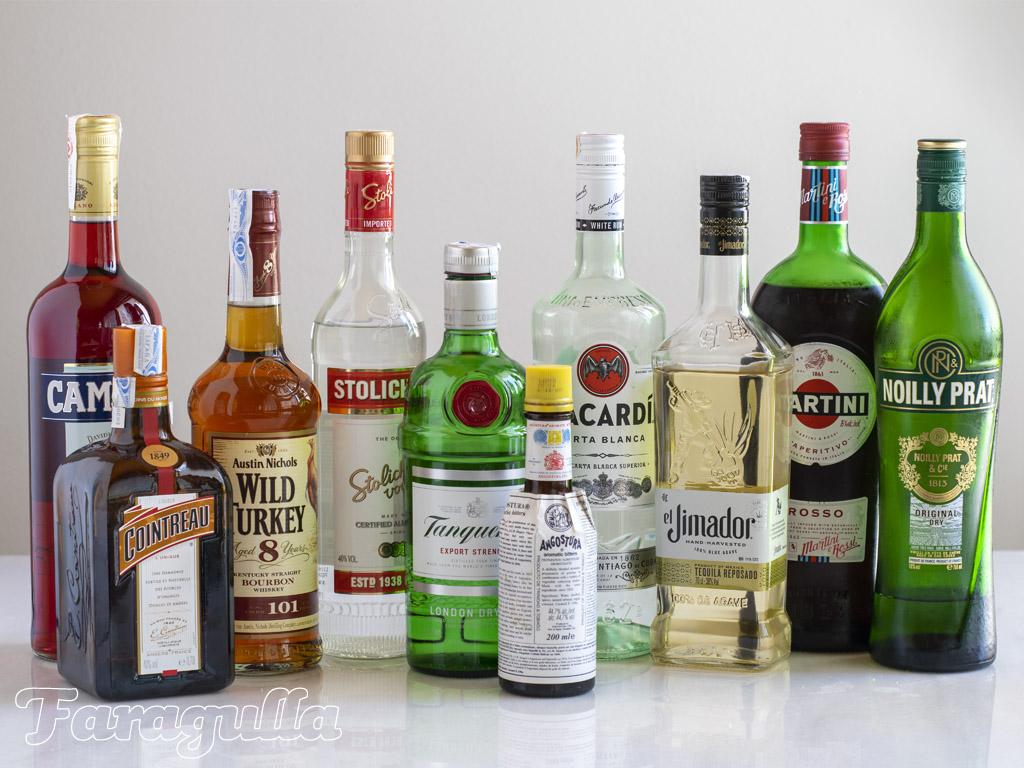 Las 10 botellas con las que empezar tu bar en casa · Faragulla