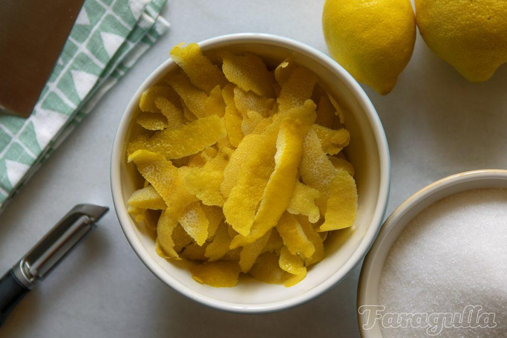 Pieles de limones para Oleo Saccharum · Faragulla